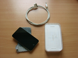 Продам iPod Touch 4G 8Gb